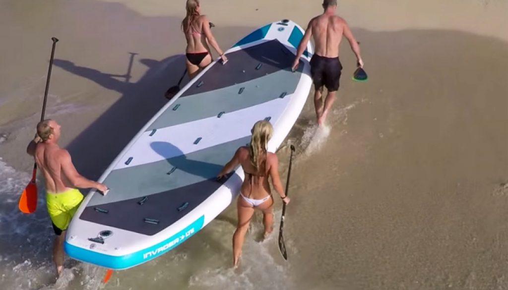 Imagine-Surf-Inflatable-Invader-group-SUP